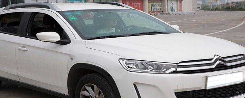 车玻璃被砸了保险能赔吗,没玻璃险,车玻璃被砸了保险能赔吗刑事案件
