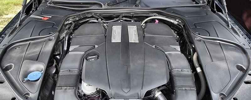 马丁V8 Vantage的车身结构