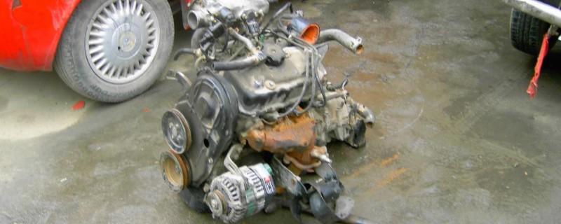 发动机电喷系统的组成,电喷发动机喷油量是由什么控制