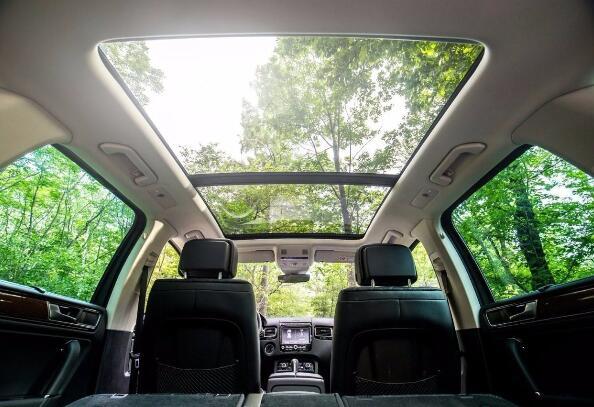 汽车天窗有什么作用,除了增加舒适性关键时刻还能救你命