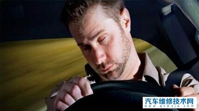 开车上高速,一个人开750公里的距离是种怎样的体验?