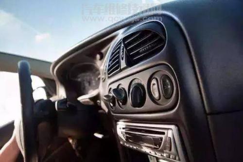 汽车行驶中空调冷气突然消失故障解决
