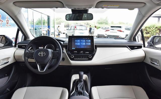求推荐女孩子开的车15万左右,中控好看,自动挡按钮启动,谢谢?