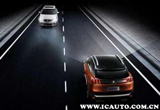 新手晚上开车怎么开灯,晚上开车开什么灯图解