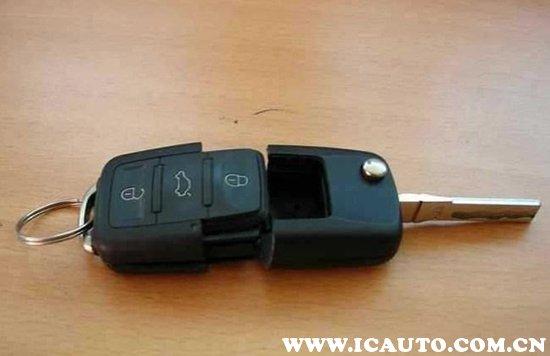 大众速腾车钥匙怎么拆开换电池,速腾车钥匙怎么拆开换电池