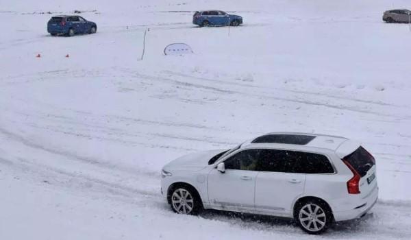 汽车在冬季使用应该注意什么,冬天使用车辆注意事项